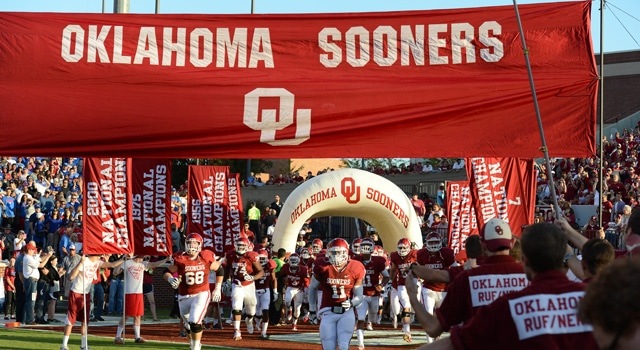 Oklahoma Sooners take the field against the Kansas Jayhawks at Oklahoma Memorial Stadium. (Photo: Matthew Emmons / US PRESSWIRE)