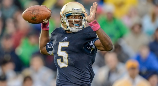 Notre Dame Fighting Irish quarterback Everett Golson (5) in game action. The Notre Dame Fighting Irish defeated the Stanford Cardinal by the score of 20-13 in overtime, at Notre Dame Stadium, in Notre Dame, IN. (Photo: Robin Alam / IconSMI)