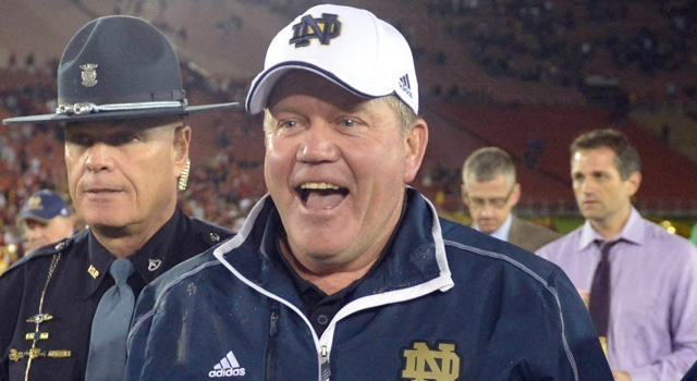 Brian Kelly Staying at Notre Dame