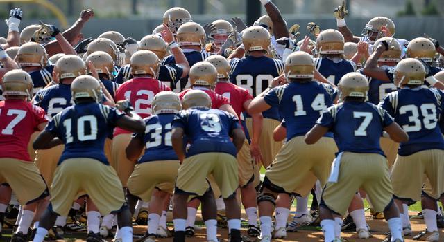 NCAA Football: Notre Dame Practice