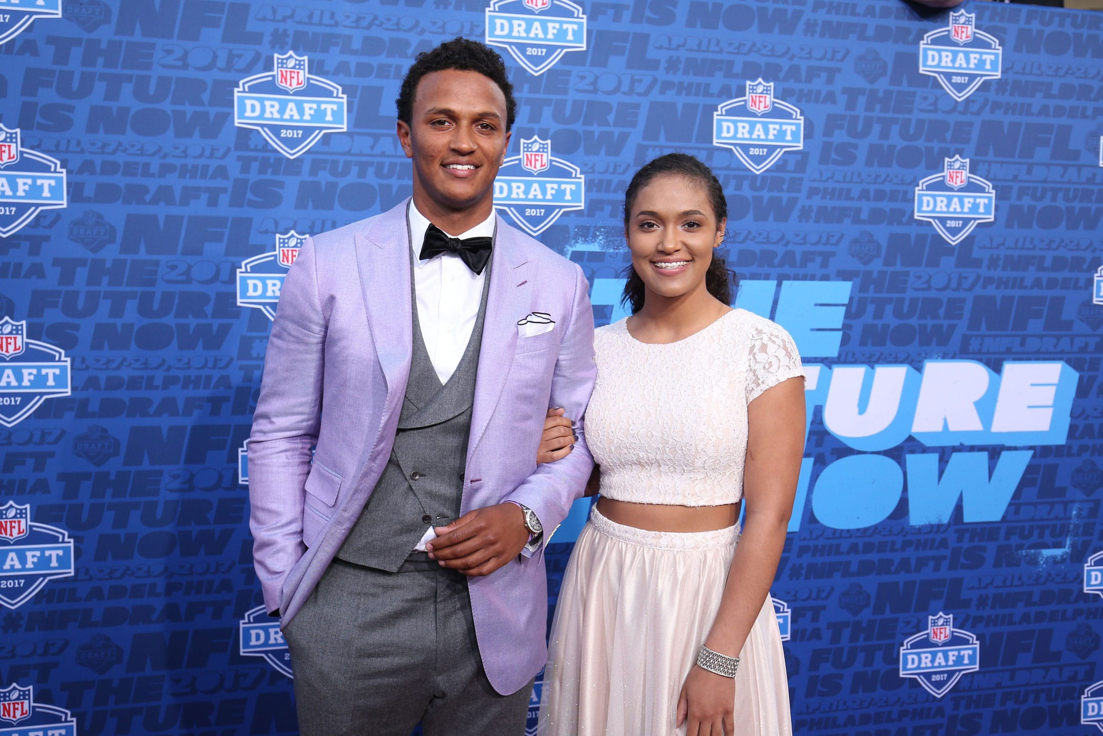 Deshone Kizer NFL Draft Update: Out of 1st Round; 2nd ...