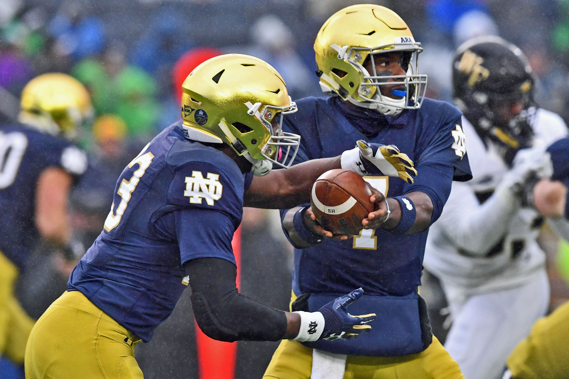 Notre Dame Post Game 6-Pack: Wimbush Shines, Defense Stumbles // UHND.com